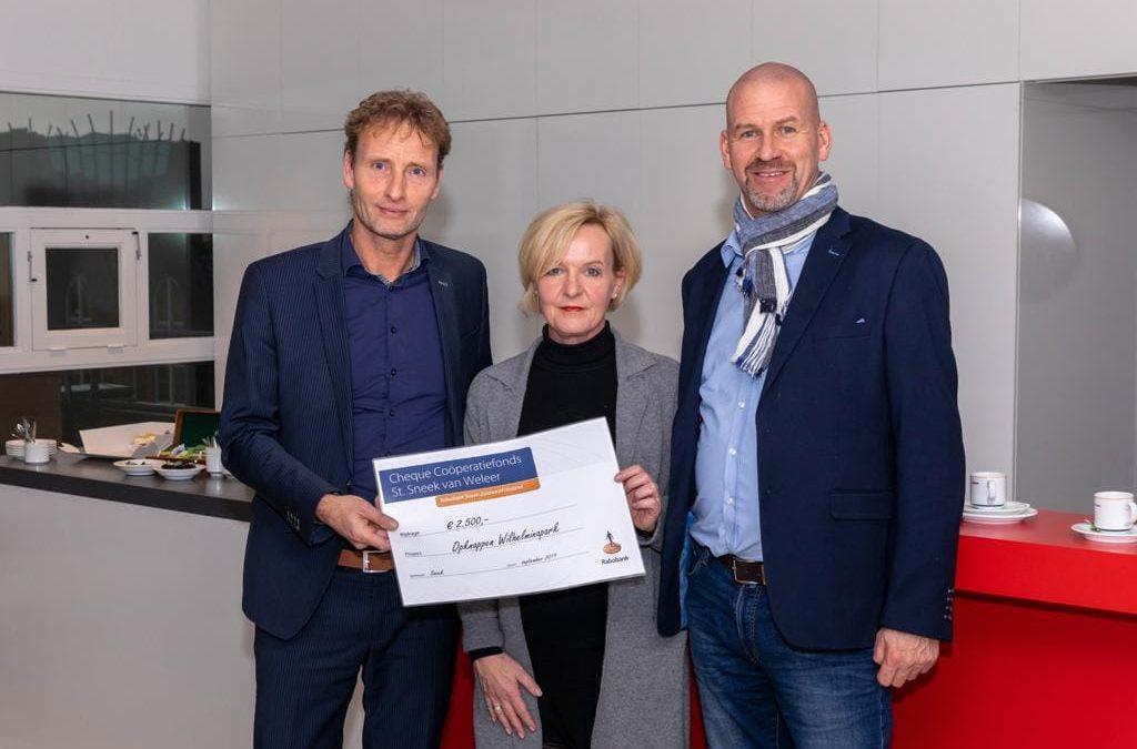 Cheque Coöperatiefonds St. Sneek van Weleer