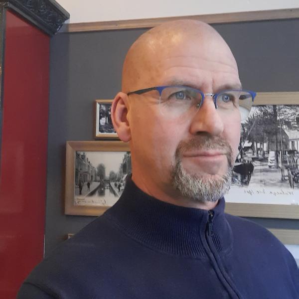 STICHTING SNEEK VAN WELEER - Henk
